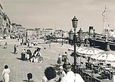 Riva degli Schiavoni, Venezia, Venice, historical photo from 1960, Italy, Europe