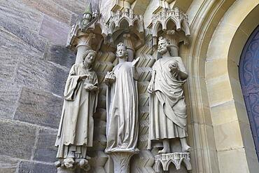 Sculptures at the Adam's Gate around 1230, St. Stephen on the left, Cunegund and Henry II, Bamberg Cathedral, Bamberg, Upper Franconia, Bavaria, Germany, Europe