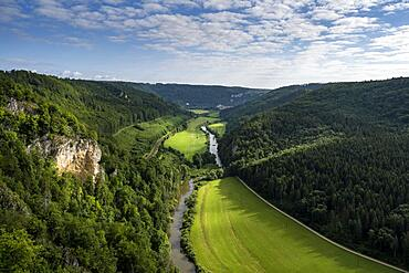 View from the Knopfmacherfelsen into the Danube valley, Beuron, Swabian Alb, Baden-Wuerttemberg, Germany, Europe