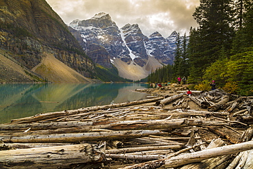 Stormy weather and visitors exploring at Moraine Lake, Banff National Park, UNESCO World Heritage Site, Canadian Rockies, Alberta, Canada, North America