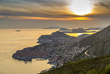 Panoramic view of the Old Walled City of Dubrovnik at sunset, UNESCO World Heritage Site, Dubrovnik Riviera, Croatia, Europe