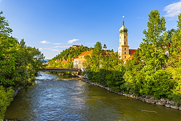 View of Mur River, Fanciscan Church and Castle (Schlossberg) overlooking the city, Graz, Styria, Austria, Europe