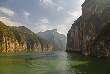 Entering the Three Gorges on the Yangtze River, near Chongqing, People's Republic of China, Asia