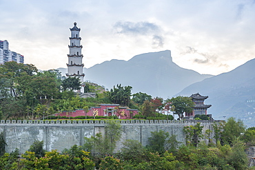 Pagoda on the banks of Yangtze River, near Chongqing, People's Republic of China, Asia