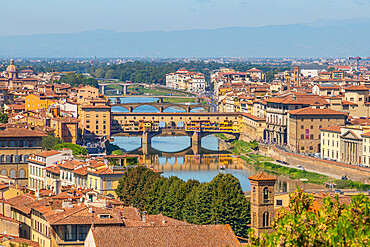 View of River Arno and Ponte Vecchio seen from Piazzale Michelangelo Hill, Florence, Tuscany, Italy, Europe
