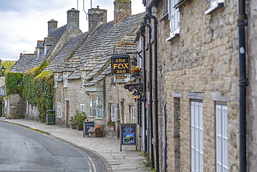 View of cottages on West Street, Corfe, Dorset, England, United Kingdom, Europe