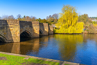 View of bridge over River Wye, Bakewell, Derbyshire, Peak District National Park, England, United Kingdom, Europe