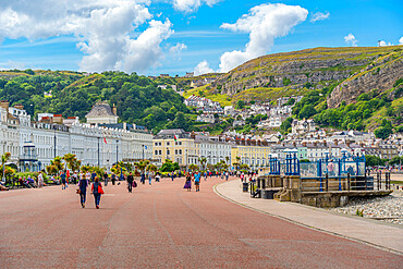 View of Llandudno and the Great Orme in background from Promenade, Llandudno, Conwy County, North Wales, United Kingdom, Europe