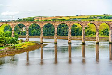 View of Old Border Bridge over the River Tweed, Berwick-upon-Tweed, Northumberland, England, United Kingdom, Europe
