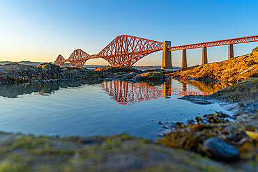 View of the Forth Rail Bridge, UNESCO World Heritage Site, over the Firth of Forth, South Queensferry, Edinburgh, Lothian, Scotland, United Kingdom, Europe