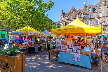 View of market stalls on Grassmarket, Edinburgh, Lothian, Scotland, United Kingdom, Europe