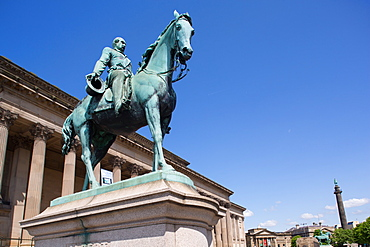 Albert statue in St. George's Place, Liverpool, Merseyside, England, United Kingdom, Europe
