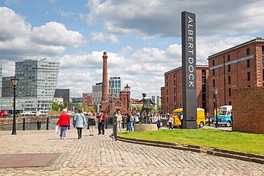 Albert Dock, UNESCO World Heritage Site, Liverpool, Merseyside, England, United Kingdom, Europe