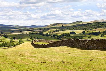 Crummack Dale from Crummack Lane near Austwick, Yorkshire Dales, Yorkshire, England, United Kingdom, Europe
