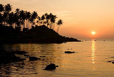 Sunset over Colomb Beach, Palolem, Goa, India, Asia