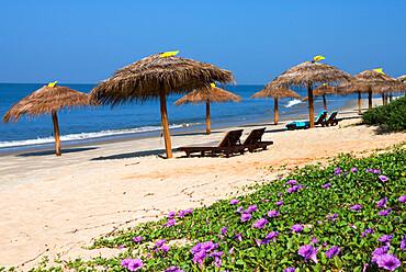 Taj Exotica Hotel beach, Benaulim, Goa, India, Asia