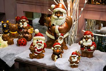 Belgian Christmas chocolates, Bruges, West Vlaanderen (Flanders), Belgium, Europe