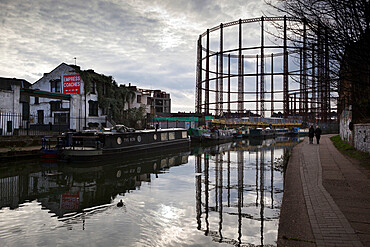Grand Union Canal, Hackney, London, England, United Kingdom, Europe