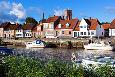 River Ribe and riverfront houses and tower of Ribe Domkirke, Ribe, Jutland, Denmark, Scandinavia, Europe
