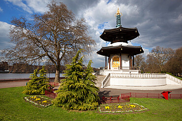 The Peace Pagoda, Battersea Park, Battersea, London, England, United Kingdom, Europe