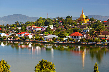 Wat Jong Kham and colonial era buildings on Naung Tung Lake, Kengtung, Shan State, Myanmar (Burma), Asia
