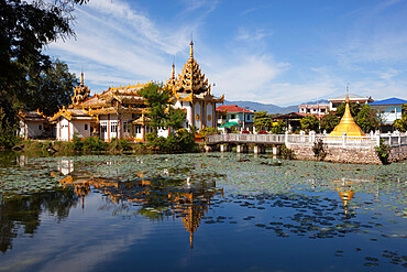 Mangala Kyaung (Wat Tamawtaya) on Naung Kham Lake, Kengtung, Shan State, Myanmar (Burma), Asia