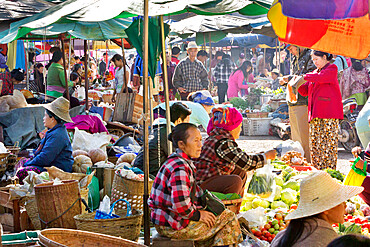 Central Market, Kengtung, Shan State, Myanmar (Burma), Asia