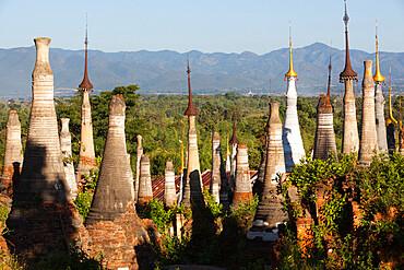 Shwe Inn Thein Pagoda, Inle Lake, Shan State, Myanmar (Burma), Asia