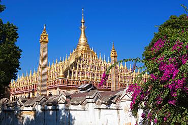 Thanboddhay Paya (pagoda) with rows of gilt mini-stupas on roof, near Monywa, Monywa Region, Myanmar (Burma), Asia