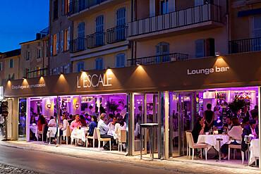 L'Escale restaurant in the evening, Saint-Tropez, Var, Provence-Alpes-Cote d'Azur, Provence, France, Europe