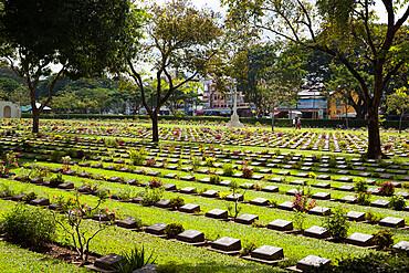 Kanchanaburi War War 2 Cemetery, Kanchanaburi, Central Thailand, Thailand, Southeast Asia, Asia
