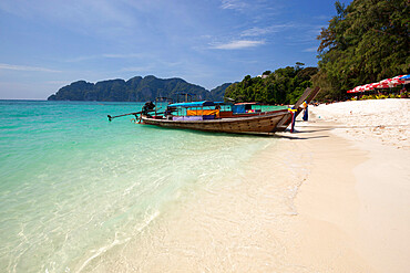 Long Beach with long-tail boats, Koh Phi Phi, Krabi Province, Thailand, Southeast Asia, Asia
