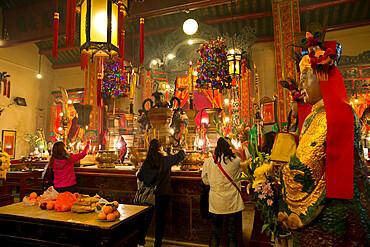 Man Mo Temple, Hollywood Road, Sheung Wan, Hong Kong, China, Asia
