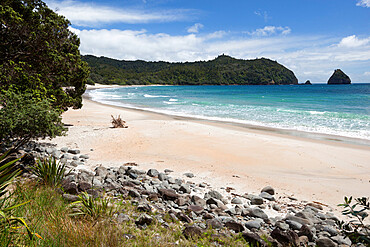 New Chums Beach and Wainuiototo Bay, Whangapoura, Coromandel Peninsula, Waikato, North Island, New Zealand, Pacific
