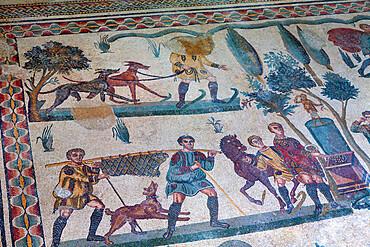 Roman mosaic at Villa Romana del Casale, UNESCO World Heritage Site, Piazza Armerina, Sicily, Italy, Europe