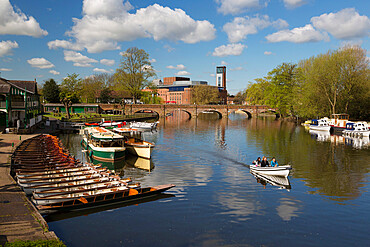 Boats on the River Avon and the Royal Shakespeare Theatre, Stratford-upon-Avon, Warwickshire, England, United Kingdom, Europe