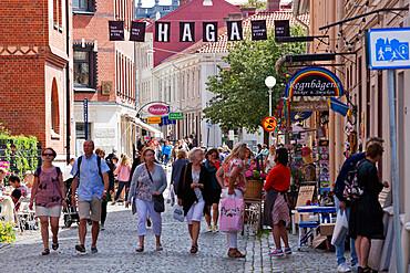 Shoppers along Haga Nygata in trendy Haga District, Gothenburg, West Gothland, Sweden, Scandinavia, Europe