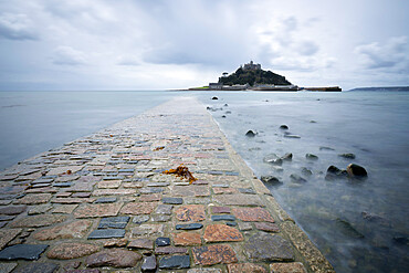 St. Michael's Mount and causeway, Marazion, near Penzance, Cornwall, England, United Kingdom, Europe
