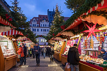 Christmas market in the Leipzig Market Place, Marktplatz, Leipzig, Saxony, Germany, Europe