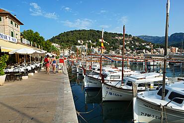 Harbour, Port de Soller, Mallorca (Majorca), Balearic Islands, Spain, Mediterranean, Europe
