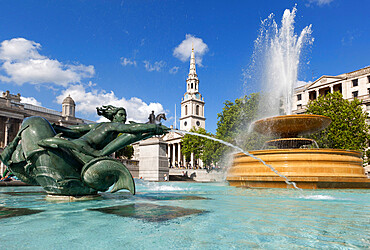 Trafalgar Square with St. Martin's in the Fields church, London, England, United Kingdom, Europe