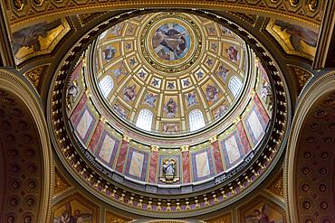 Dome, St. Stephen's Basilica (Szent Istvan Bazilika), UNESCO World Heritage Site, Budapest, Hungary, Europe