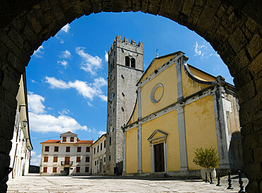 The main square with St. Stephen`s Church, Motovun, Istria, Croatia, Europe