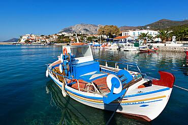 Fishing harbour and Mount Kerketeas, Ormos Marathokampos, Samos, Aegean Islands, Greece