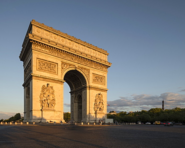 Arc de Triomphe de l'Etoile, Paris, Ile-de-France, France, Europe