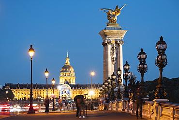 Pont Alexandre III and Les Invalides, Paris, Ile-de-France, France, Europe