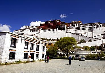 The Potala Palace, UNESCO World Heritage Site, Lhasa, Tibet, China, Asia