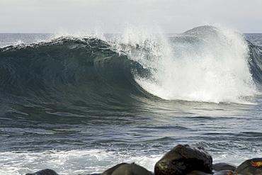 Galapagos wave formations. Galapagos.