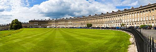 The Royal Crescent, Bath, UNESCO World Heritage Site, Avon and Somerset, England, United Kingdom, Europe