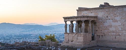 Porch of the maidens (Caryatids), Erechtheion, Acropolis at sunset, UNESCO World Heritage Site, Athens, Attica Region, Greece, Europe